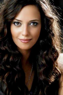 راندا حافظ (Randa Hafez)، مغنية مصرية