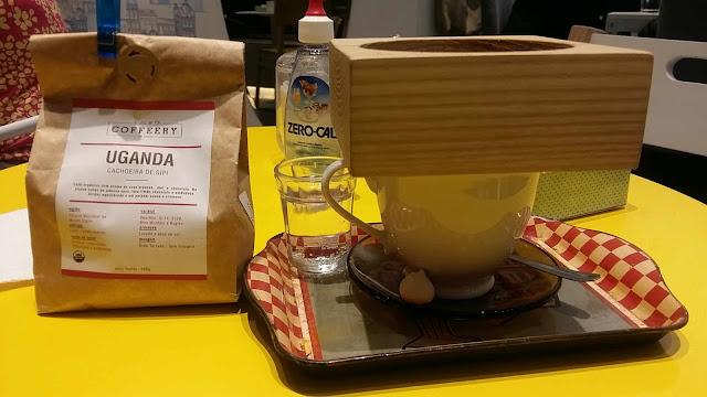 Método Canadiano de extração de café na Cafeteria Les Amis