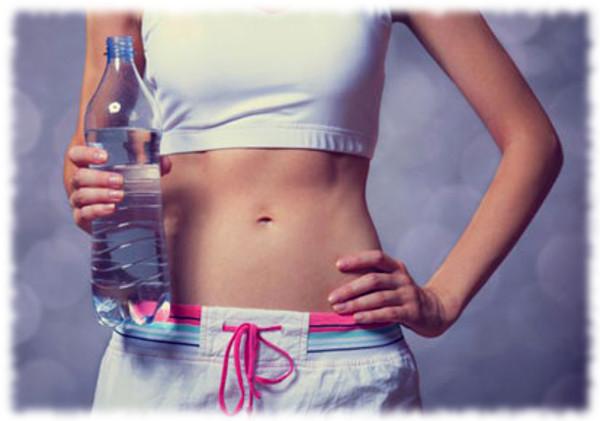 Tips Menurunkan Berat Badan dengan Metode Air Putih