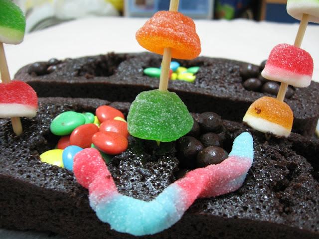 gummy flowerpot