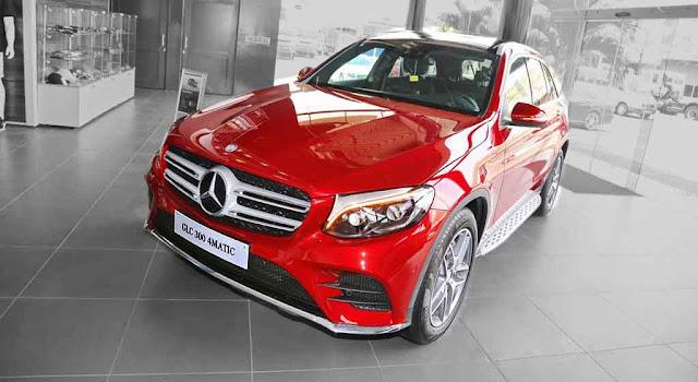 Mercedes GLC 300 4MATIC 2018 sở hữu thiết kế hướng đến những khách hàng yêu thích sự trẻ trung, năng động
