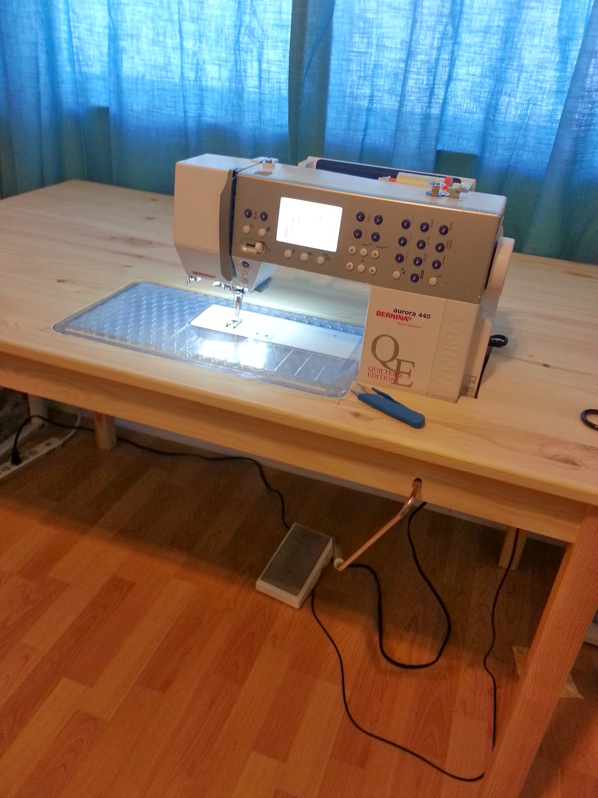 Sew E T Diy Ikea Sewing Table Hack