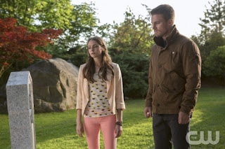 "Willa Holland and Stephen Amell as Thea Queen and Oliver Queen in Arrow Episode # 2 ""Honor Thy Father"""