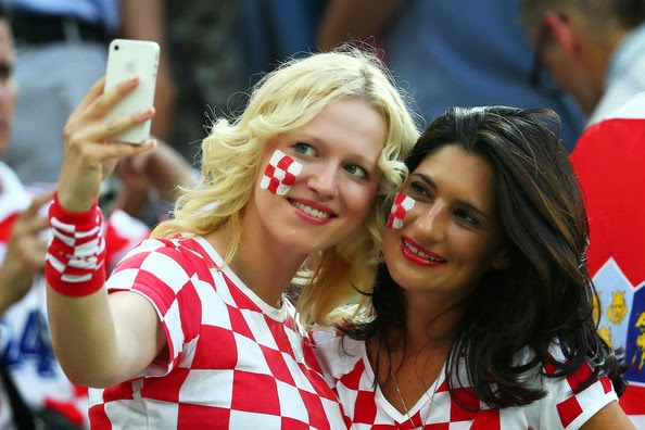 Croat and Ukrainian fans' hate message to Serbs and ... |Croatia Soccer Fans