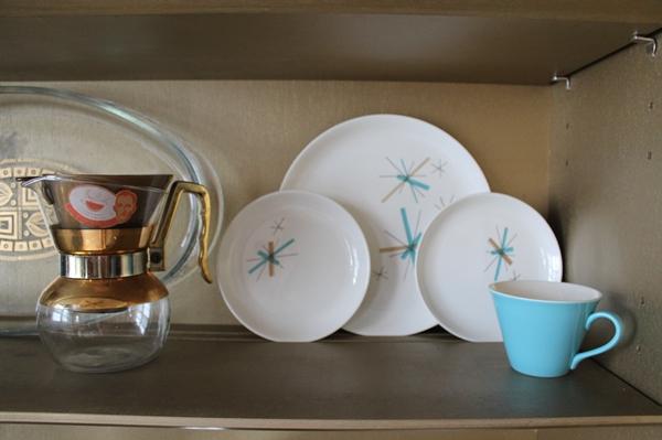 vintage bing crosby coffee maker, salem northstar atomic starburst dishes