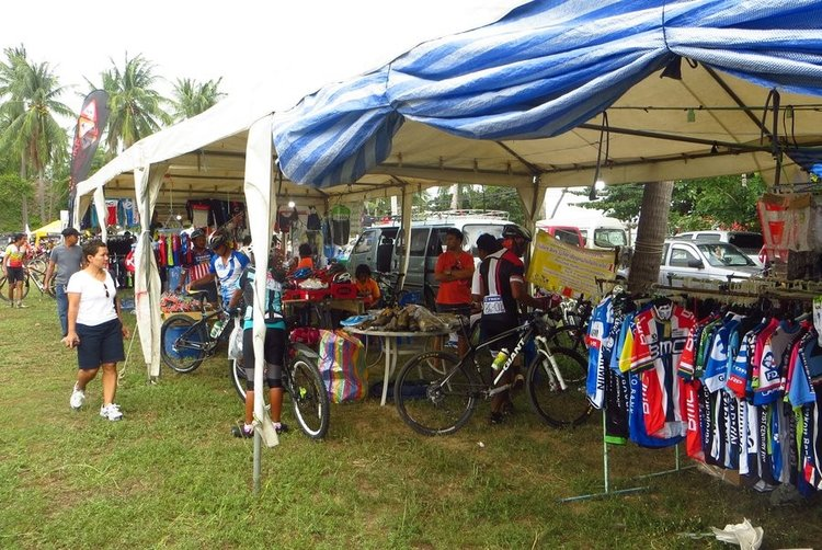 продажа одежды для велосипедистов