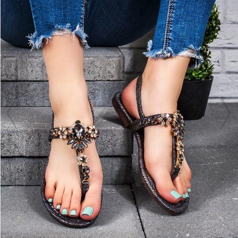Sandale dama cu talpa joasa negre ieftine de vara cu pietre si accesorii