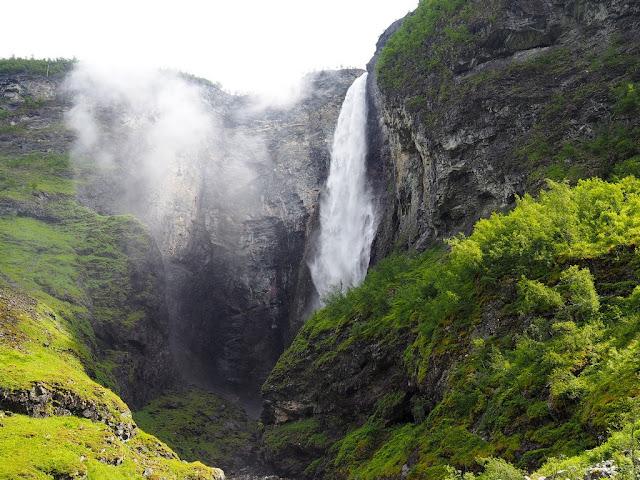 Vettisfossen, vodopád, přímý vodopád, Norsko, voda, příroda, Jotunheimen