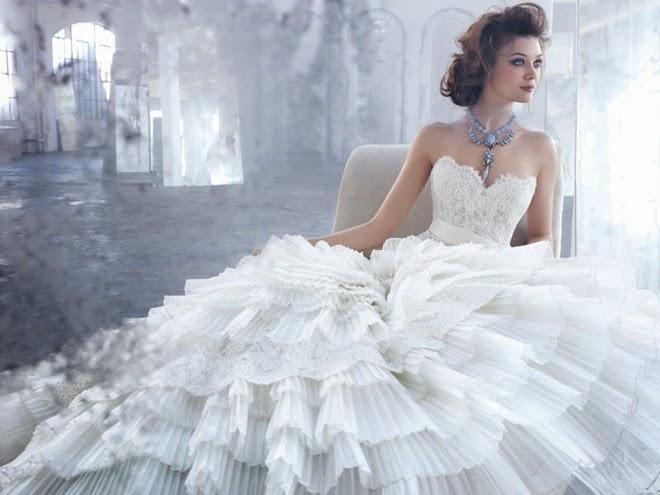Bonitos vestidos de novia | Colección Lázaro | Vestidos | Moda 2018 ...