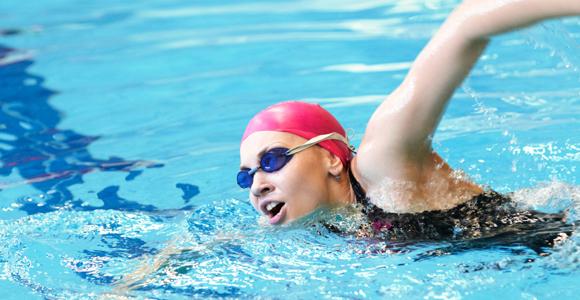Los beneficios de la natación, deporte y salud