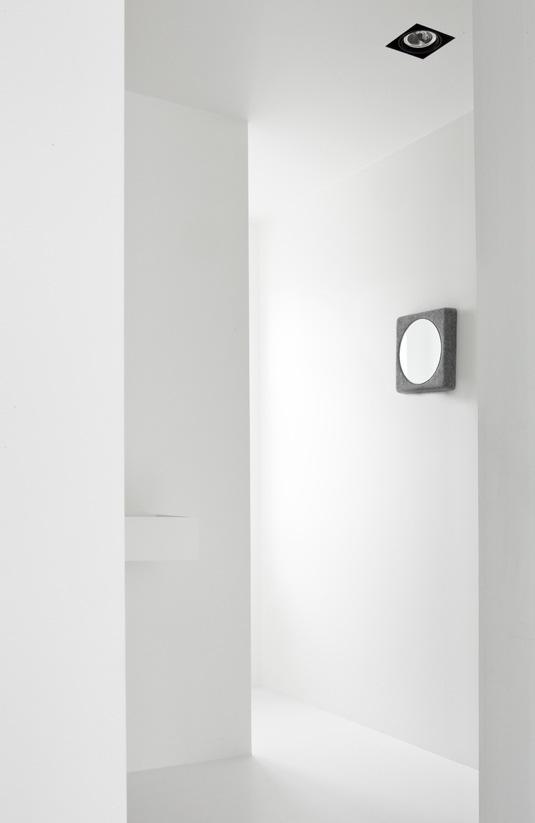 Leuchtend grau interior magazin celebrating soft minimalism quadratisch praktisch gut - Schone pinnwand ...