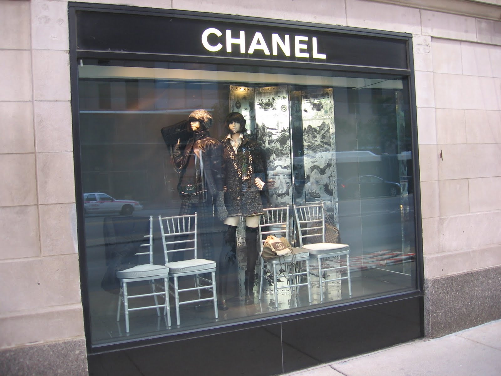 The Chicago Real Estate Local: Gold Coast storefronts ...