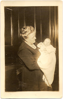 Ella Bean and infant grandson Sammie Bean in Alameda CA circa 1921