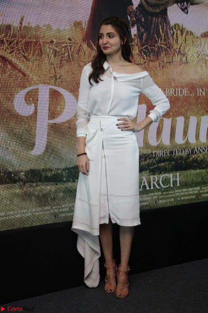 Anushka Sharma with Diljit Dosanjh at Press Meet For Their Movie Phillauri 004.JPG