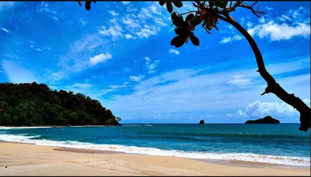 20 Tempat Wisata Malang Kota Terbaru Terfavorit Anti Mainstream  Pantai Sendiki