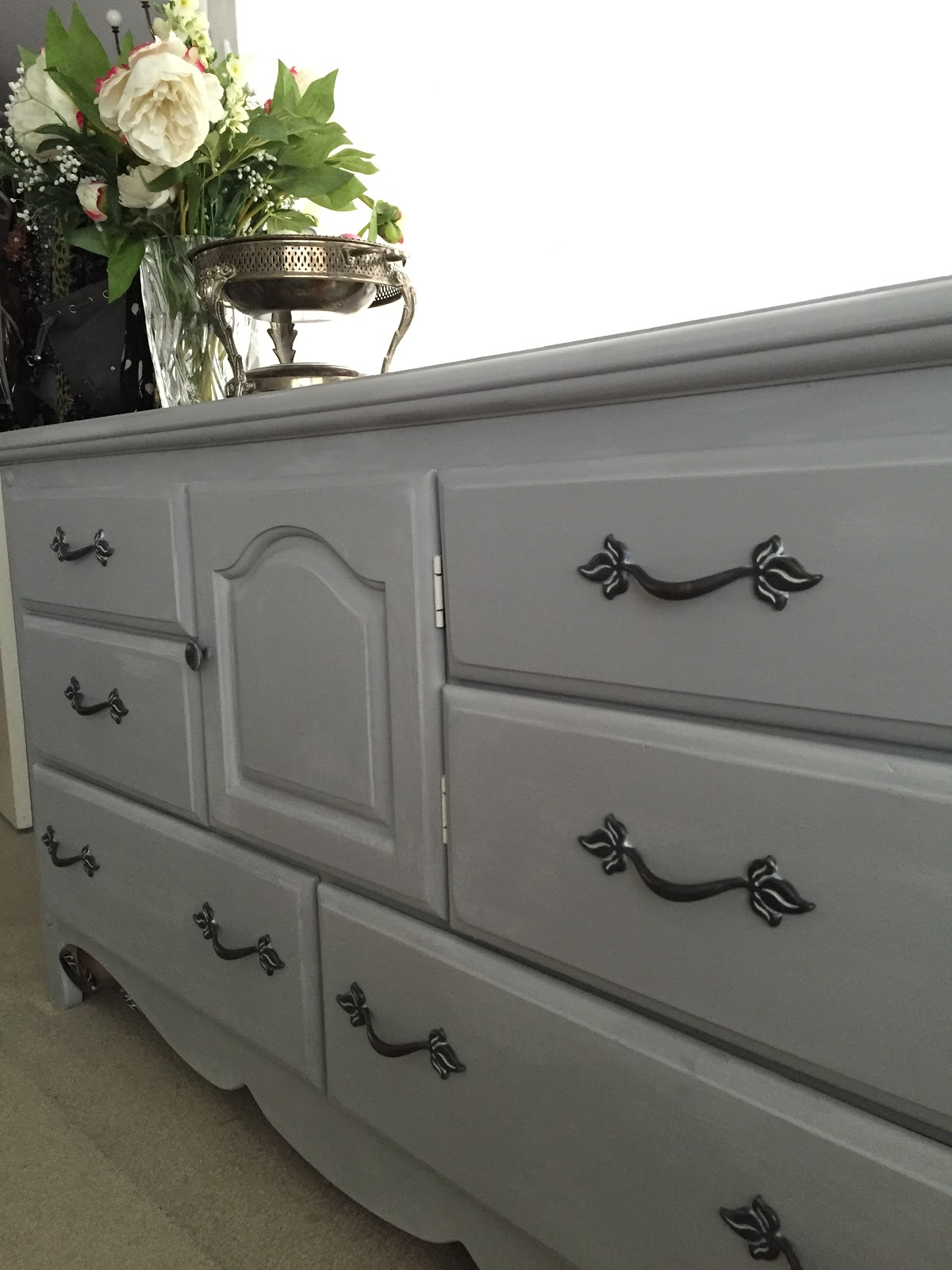 The Style Sisters Dresser makeover ASCP