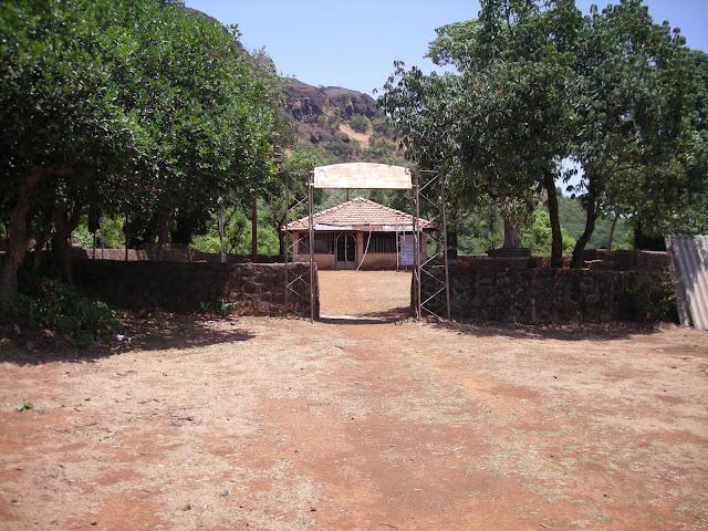 Madhumakarandgad13