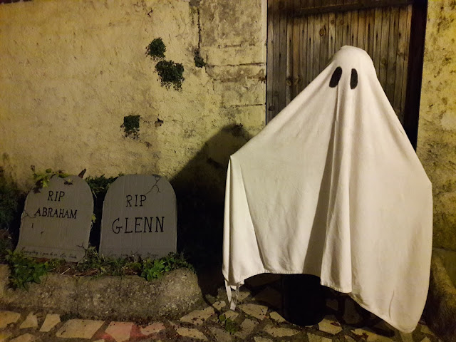 tutoriel bricolage diy enfant halloween fantome grand hauteur humaine facile