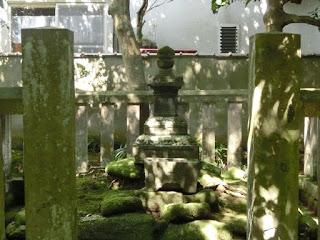 北条時頼の宝篋印塔