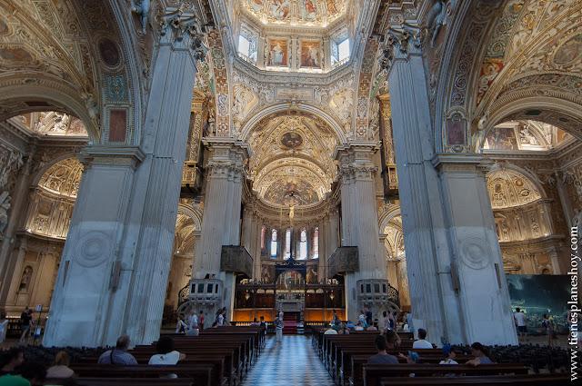 Bergamo basilica Santa Maria la Maggiore visitar interior