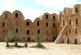 Tataoine buildings - a picture by Ksar ouledsoltane06