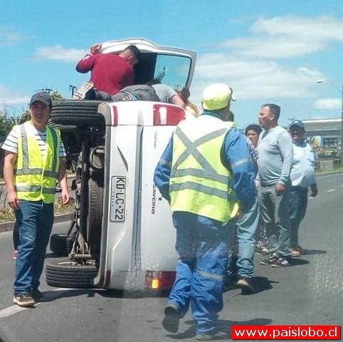 Accidente: Choque y volcamiento en la ruta 215
