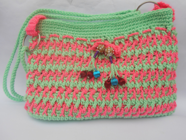 Crochet Fancy Bags : made a crochet bag purse it is medium size bag you have to use it in ...