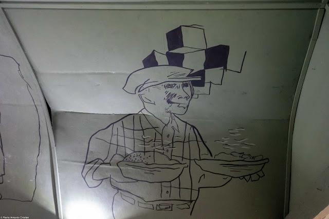 Vagão do Armistício - detalhe do teto com desenho de Poty Lazzarotto