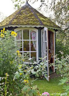 Mediterrane Gartenhäuser gartenblog geniesser garten gartenhaus geräteschuppen radlhaus