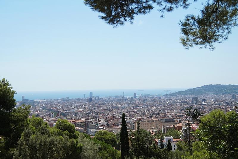 Gaudi Park Guell Aussicht. Barcelona Tipps, Attraktionen, Sehenswürdigkeiten. Tasteboykott Reiseblog.