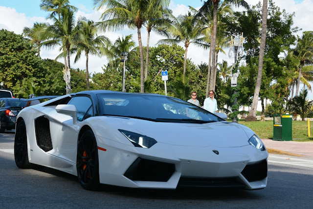 Miami Beach cars white Lamborghini