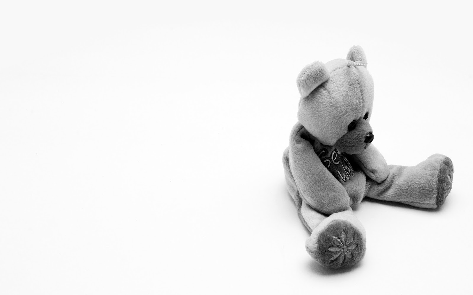 Beautiful Wallpapers Of Lonely Girl Miss You Face Photos Of Sad Teddy Bear Upset And Sitting