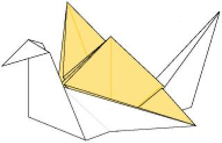 Bước 17: Hoàn thành cách gấp con hạc bằng giấy dùng để đựng kẹo