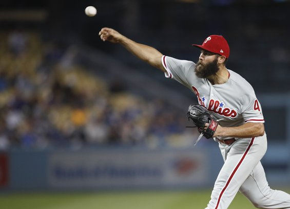 Jake Arrieta lifts Philadelphia to win in LA