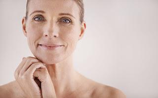 ARGIRELINE, ATASI KERIPUT TANPA HARUS SUNTIK BOTOX Perbedaan Argireline dengan Botox