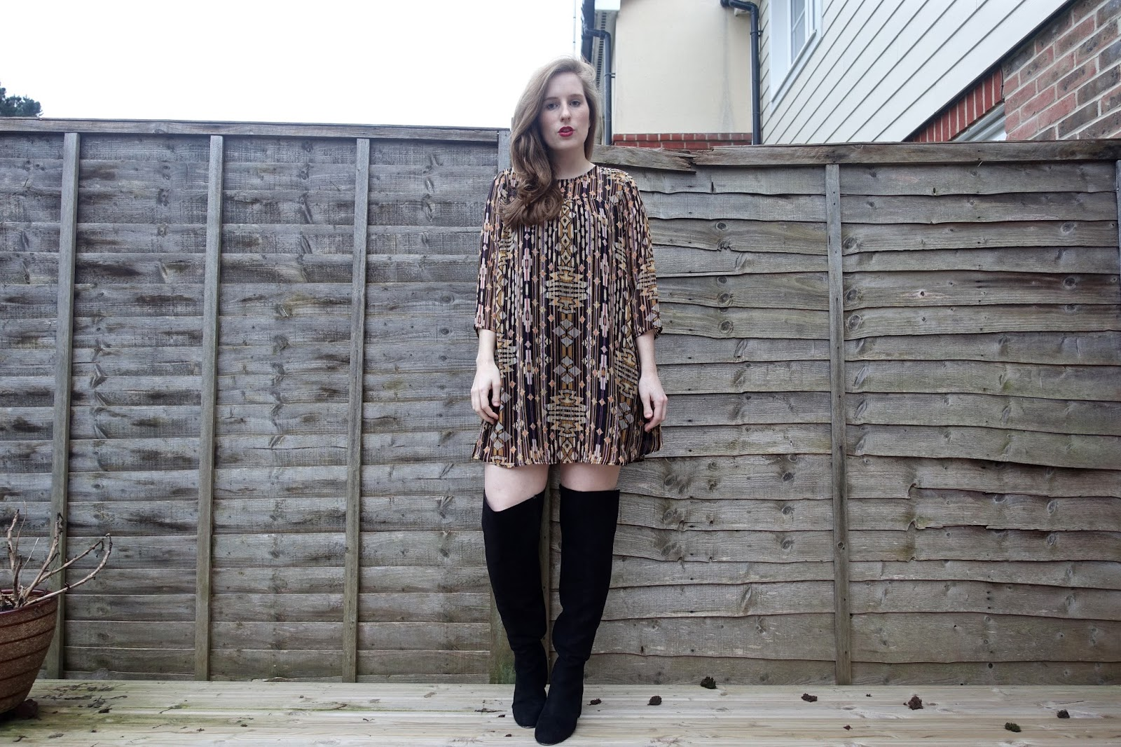 hm patterned long sleeve dress