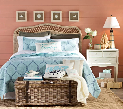Coastal Christmas Bedroom Decor Idea