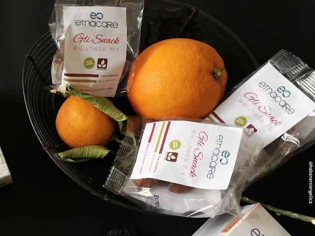 Etnacare linea di integratori alimentari naturali, principalmente a base di arancia rossa e fico d'India