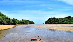 pantai clungup, sendangbiru, malang selatan