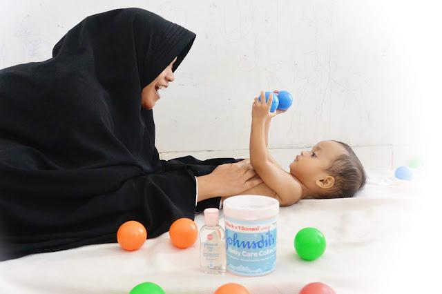 Cara Memijat Bayi dengan Sentuhan Cinta