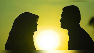 Hukum Dibolehkannya Berciuman dengan Isteri Ketika Puasa Ramadhan
