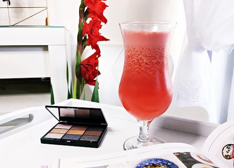 Drinki z arbuzem - przepis na pysznego letniego drinka.