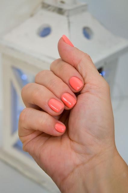 pomysł na paznokcie na ślub Mollon hybryda