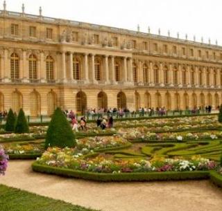 Menengok Kediaman Mewah Raja Louis XIV