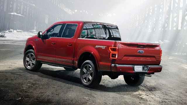 Rear 3/4 view of 2018 Ford F-150 4X4 SuperCrew Power Stroke Diesel