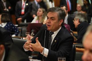 Cássio presta contas das emendas que apresentou ao Orçamento 2016