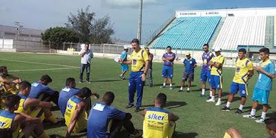 Leandro Campos já comanda o Horizonte em busca de uma reação no Cearense.