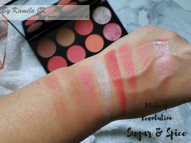 Makeup Revolution paletki różów Blush Palette Sugar & Spice swatch