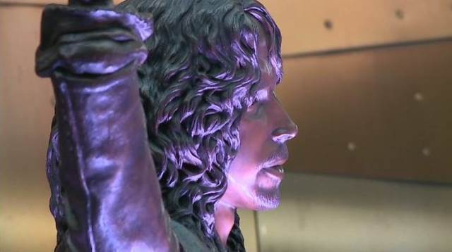 Chris Cornell άγαλμα
