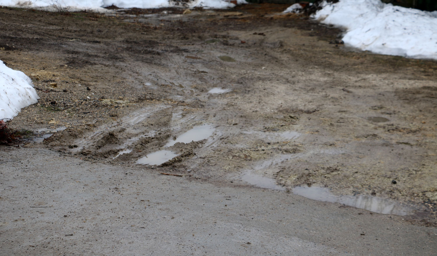 how to fix a muddy driveway